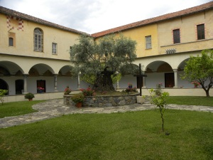 8_Il chiostro del Convento di San Domenico - Taggia